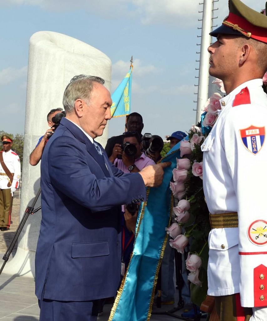 nazarbayev-kuba-3