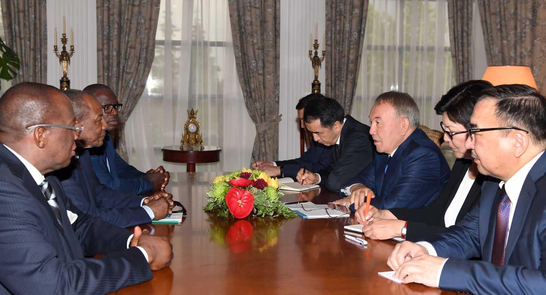 nazarbayev conde
