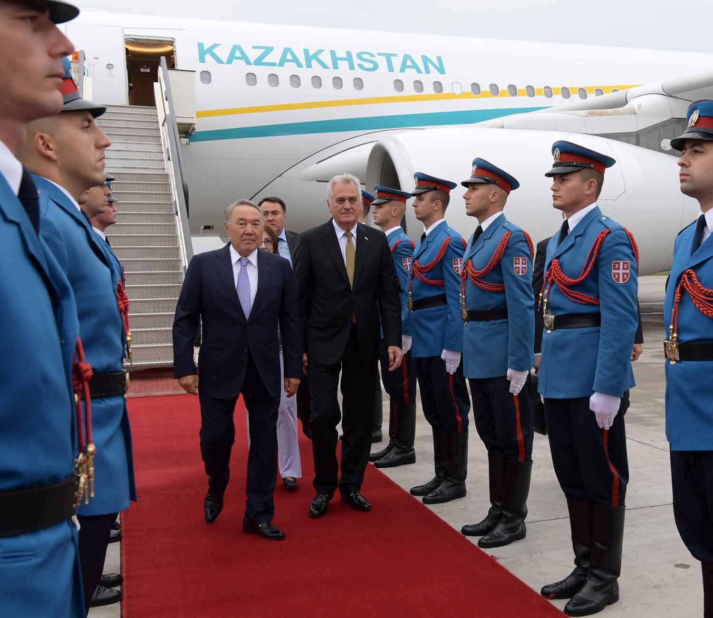 nazarbayev sirbistan