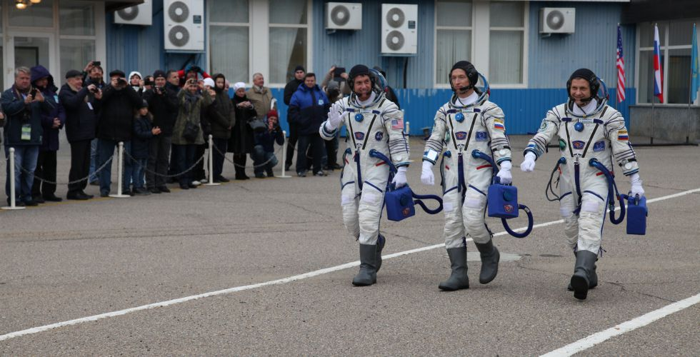 astronotlar-ylcu